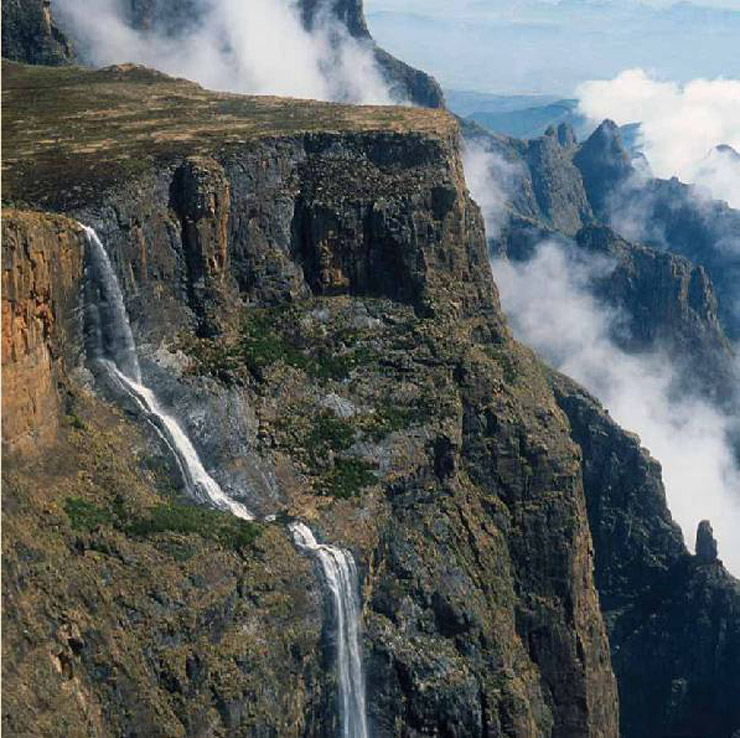 Tugela-Falls-mount-aux-source